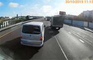 Видеофакт: На МКАД «учитель» на VW тормозил перед груженой фурой