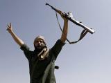 Создание ливийского правительства отложили до победы над Каддафи