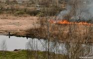 Журналисты нашли героя видео про «огненную рыбалку»