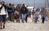 Приток мигрантов в Германию снижается третий год подряд