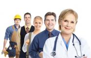 Социологи: Примерно 8-10% белорусов ищут работу за границей