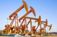 Нефть WTI подешевела до минимума за месяц