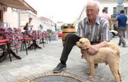 На пешеходной Комсомольской пенсионер провалился под люк