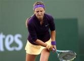 Азаренко снова снялась с турнира