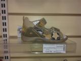 Фотофакт: Детские сандалии за миллион