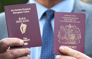 Британцы массово получают ирландские паспорта