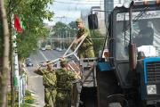 В Витебск стянули милицию и военных