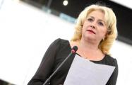 Правительство Румынии впервые в истории возглавила женщина