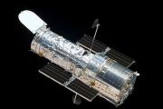 Hubble сделал снимок хаотической галактики NGC 428 с перемычкой