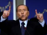 Берлускони заявил о намерении остаться в политике