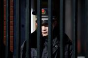 Китаец с ножом порезал группу младших школьников