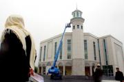 В пригороде Лондона загорелась крупнейшая мечеть Западной Европы