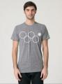 В США выпустили футболки с четырьмя олимпийскими кольцами