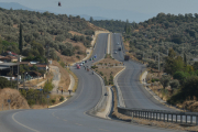 Индийские военные построили самую высокогорную автодорогу в мире