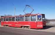 Фотофакт: Трамвайные пути на улице Октябрьской залили асфальтом