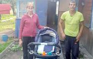 Солидарность белорусов помогла семье из Лоева вернуть 3-месячного Максима