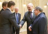 Лукашенко хочет наладить сотрудничество Беларуси с ивановскими текстильщиками