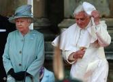 35 могилевчан требуют запретить въезд Елизавете II и Папе Римскому