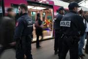 В день терактов бельгийским полицейским пришлось общаться по WhatsApp