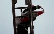 Жители минского двора отобрали «Погоню» у воришки из МЧС