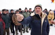 Полесские рыбаки и охотники вышли на стихийное собрание