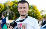Видеофакт: Милиционеры задержали блогера в прямом эфире