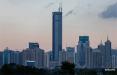 В Китае эвакуировали тысячи людей из шатающегося небоскреба