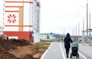Минчане круглосуточно дежурят под УКСом ради квартир в Новинках