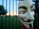 День Гая Фокса в интернете отметили кибератаками
