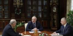 Лукашенко приказал Нацбанку изыскать средства для кредитования реального сектора