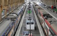 Забастовка парализовала железнодорожное сообщение во Франции