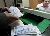 Минчане продолжают охоту за валютой