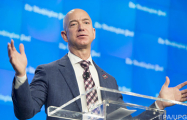 Глава Amazon стал самым богатым человеком в современной истории
