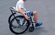 Фотофакт: В областной больнице пациенты ездят на «колясках для бедных»