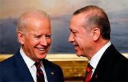 Bloomberg узнал о повороте Турции к США из-за разногласий с РФ