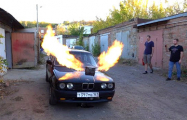 Видеофакт: На седан BMW установили двигатель от истребителя МиГ-23