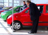 За два месяца белорусы вывезли из России 20 тысяч автомобилей
