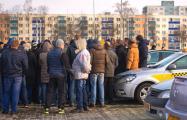 Минский таксист: Надо объединяться всем перевозчикам