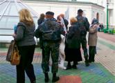 Марат Горевой: Одну из женщин, инвалида, бросили на пол  милицейского автобуса