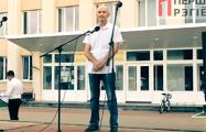 На «провластном» митинге в Ганцевичах пенсионер выступил против «таракана»