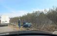 Видеофакт: В Белыничном районе перевернулся автовоз, перевозивший Geely Tugella
