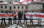 Белорусы протестуют даже в праздники