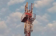 В Гомеле на вышке сотовой связи третьи сутки развевается бело-красно-белый флаг