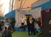Крымчанин вышел на пьедестал за золотой медалью с флагом Украины