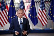 Туск сообщил о договоренности продлить санкции ЕС против России