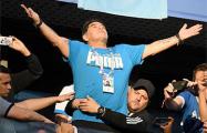 Марадона дал бессвязное интервью за рулем