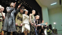 Могилевчане приветствовали киевских артистов возгласами «Слава Украине!»
