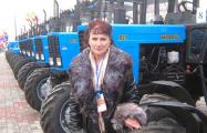 Лучшую женщину-трактористку Гомельской области уволили из хозяйства