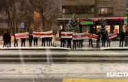 Жители улиц Пулихова и Захарова вышли на вечернюю акцию