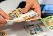 Средняя зарплата в Беларуси за два месяца сократилась более чем на 13%